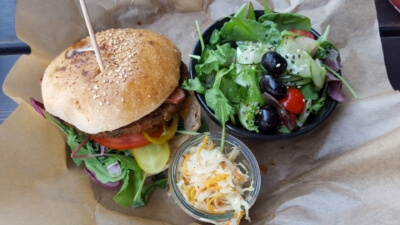 Maroccan Chickpea Burger im Spreegold