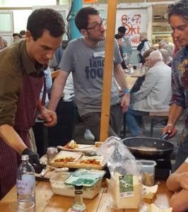 Kochen mit Tempeh am Stadt Land Food Festival 2018