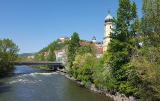 Graz Ansicht Mur und Schlossberg
