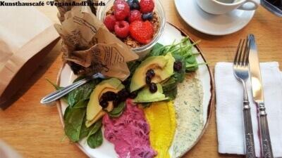 Kunsthauscafé Frühstück El Prado und Verlängerter