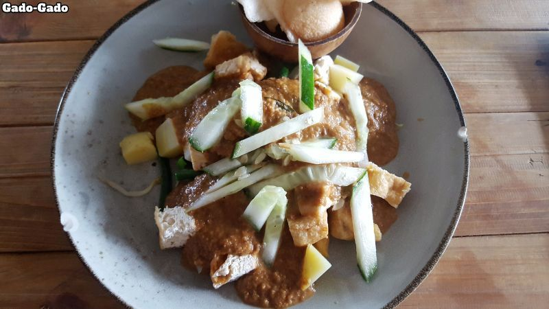 Makan Warung Canggu. Gado-Gado. Vegetables, tofu, peanut sauce.