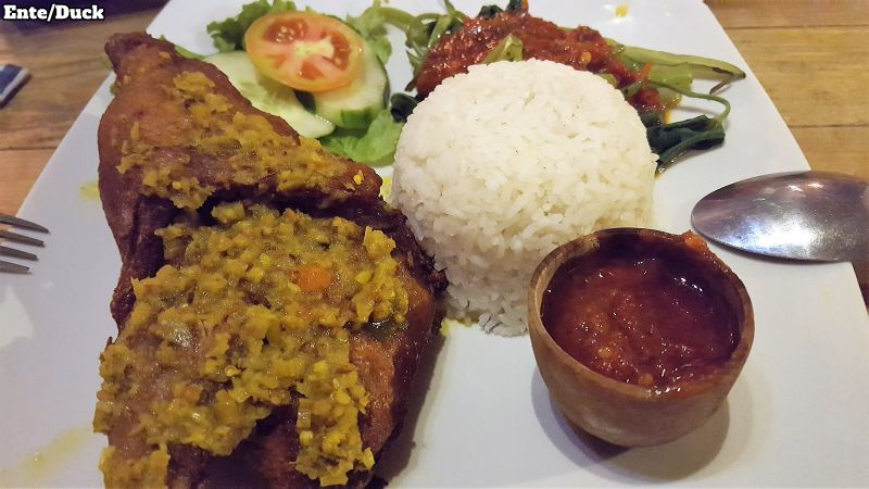Makan Warung Canggu. Crispy duck.