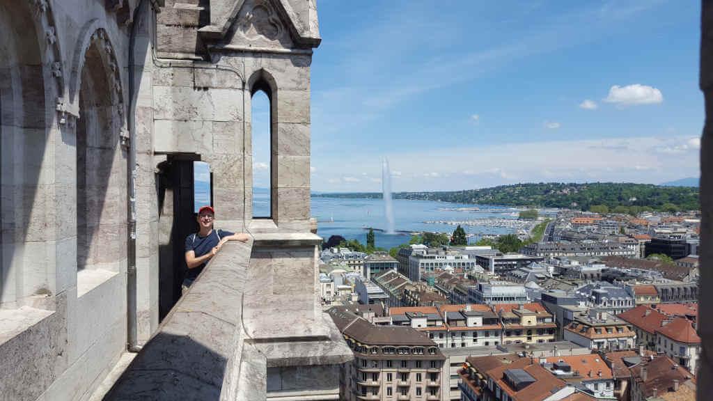 Blick von Kathedrale Saint-Pierre