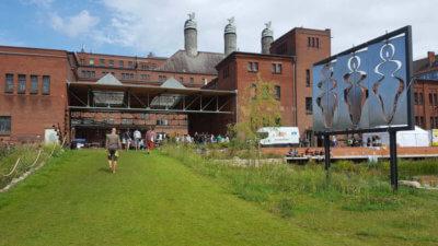 Foodsharing Festival Berlin in der Malzfabrik. Außengelände.