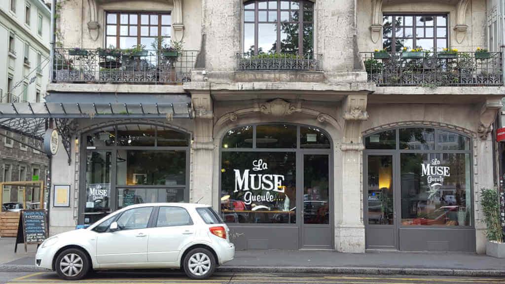Veganer und Nichtveganer gehen in Genf essen. La muse gueule Restaurant.