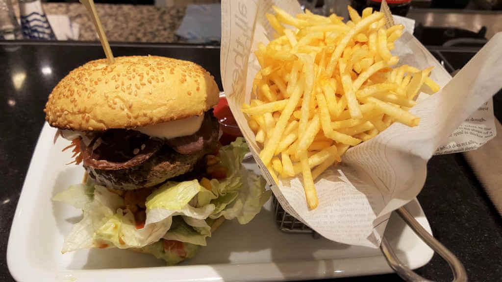 Burger of the month KaDeWe