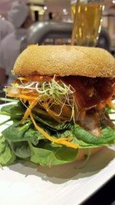 Chic(ken) Burger KaDeWe - Burger Special Berlin