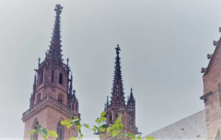 Basler Münster Türme/towers - Basel für Veganer und Nichtveganer