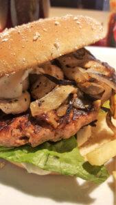 Burger Special Berlin - Burger mit Champignons und geschmorten Zwiebeln