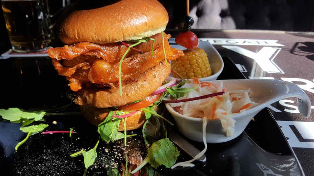 Lily Burger vegan beyond burger - Burger Special Berlin