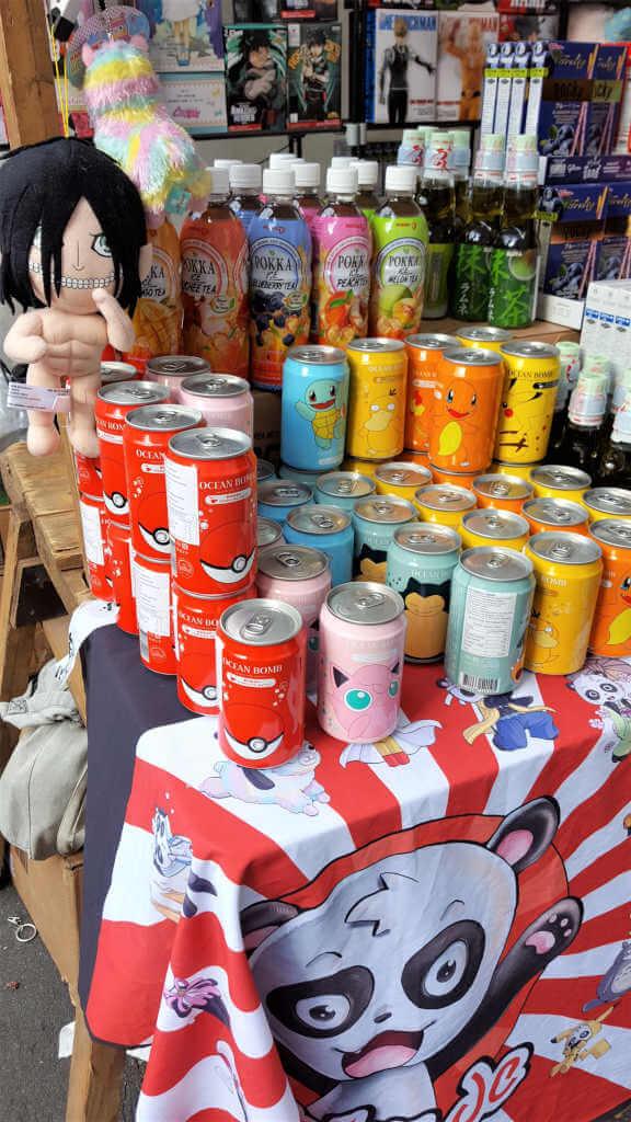 Japanische Getränke und Spielzeug