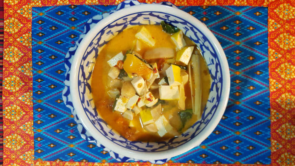 Cooking Class Chiang Mai. Tom Yam with Tofu.