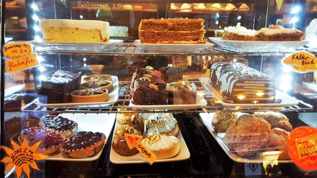 Winterfeldt Schokoladen cake selection