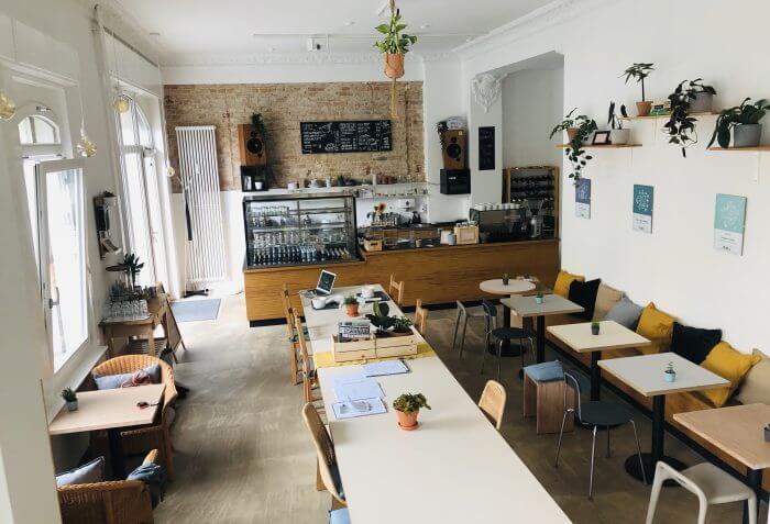 Date Deficient – Vegan Dating Night - Plant Base Berlin